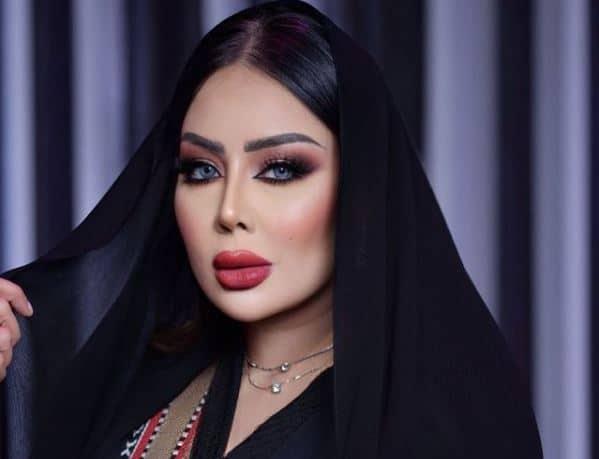الفنانة البحرينية مروة خليل تثير ضجة بعد توثيق خضوعها لعملية قص الجفون من أجل الجمال!
