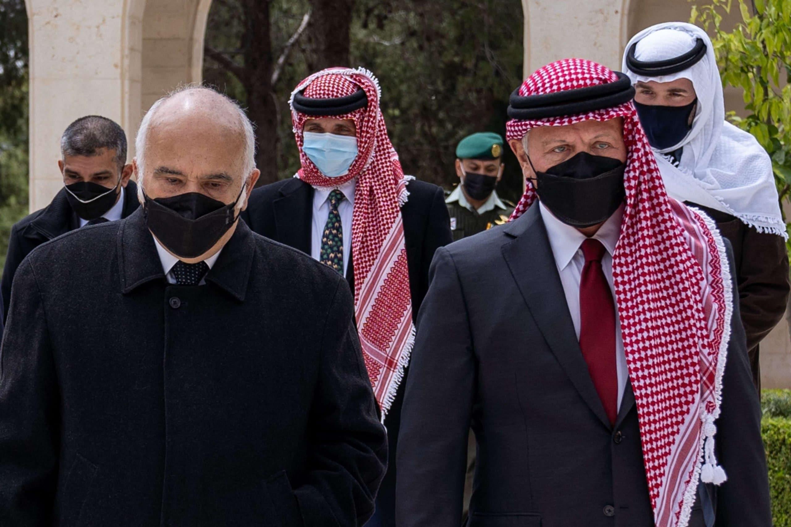 تسجيلات مسربة بين الأمير حمزة والشريف حسن تكشف تفاصيل الانقلاب المزعوم (فيديو)