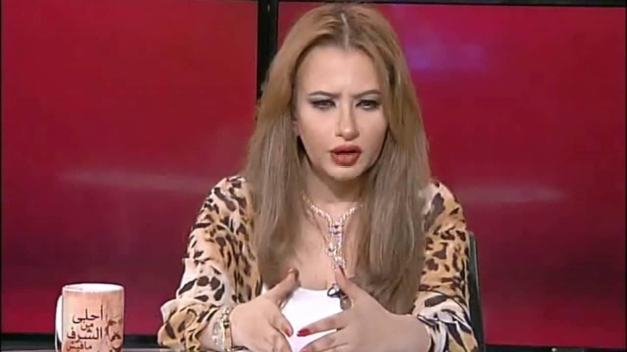 مي العيدان تكشف إصابتها بمرض خطير اضطر الأطباء لفتح رقبتها