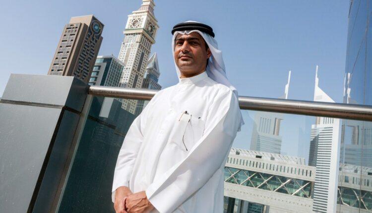 السجين السياسي الإماراتي أحمد منصور في الحبس الانفرادي منذ سنوات