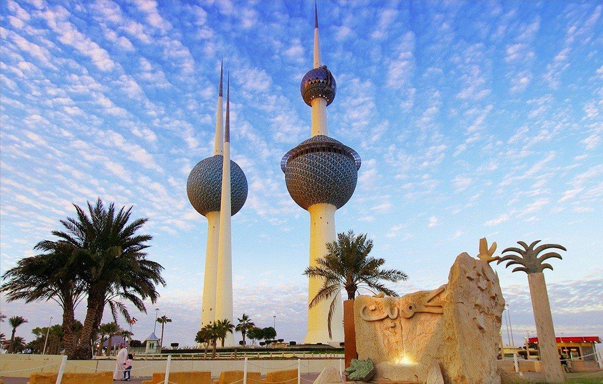 يحركه دحلان .. تفاصيل عن لوبي إماراتي يتواجد في بلجيكا للتحريض ضد الكويت