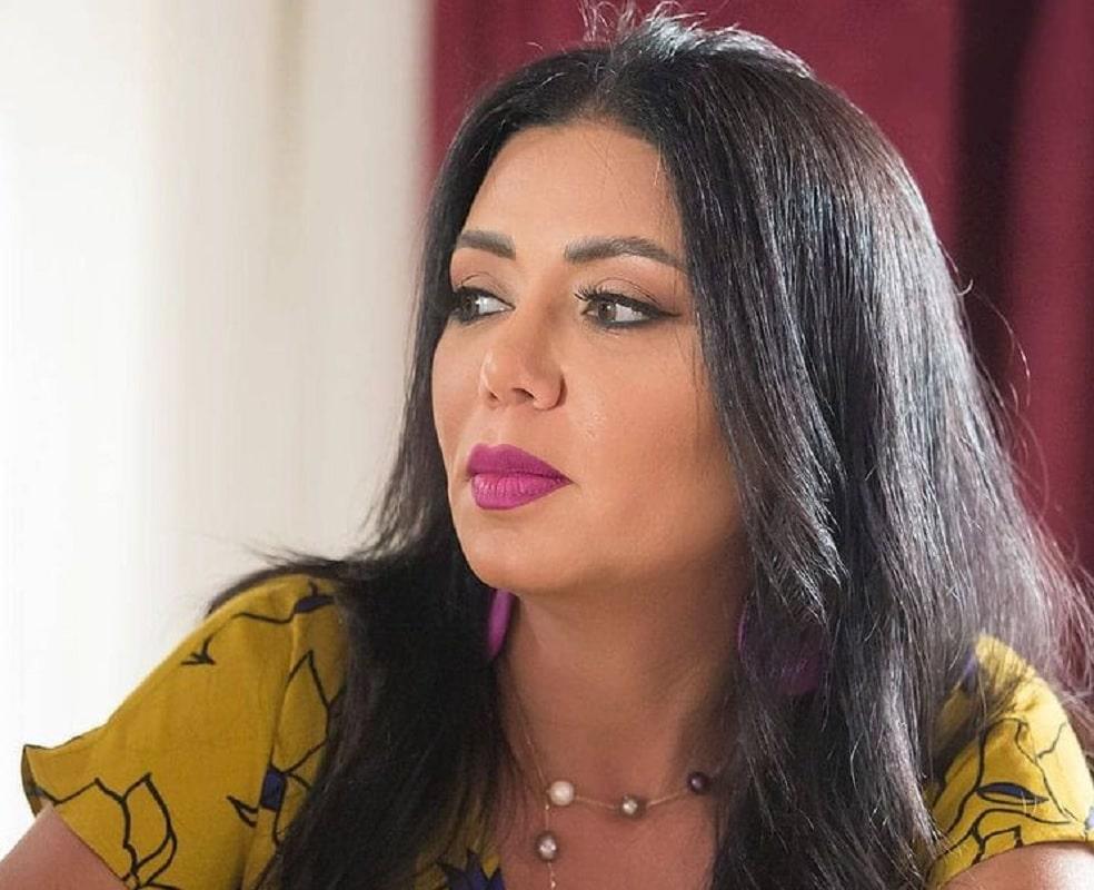 رانيا يوسف تشعل ضجة بالفستان الشفاف وتعلّق: عورات العقول أشد قبحاً من عورات الأجساد!