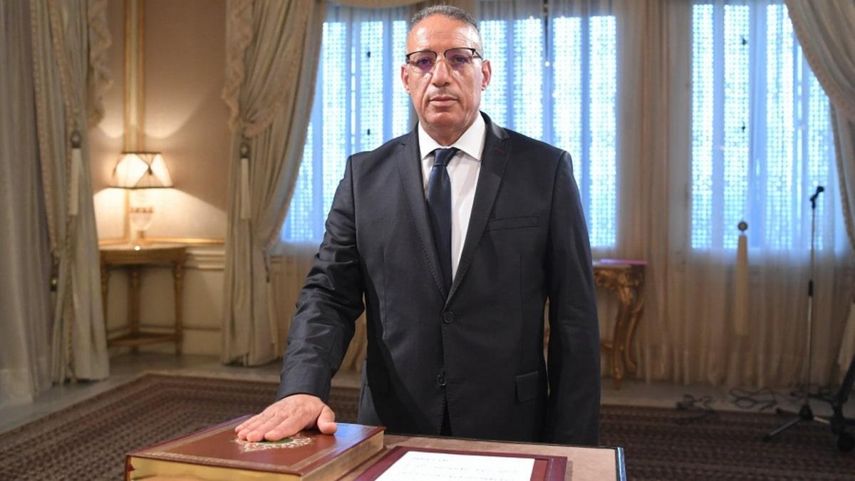 رضا غرسلاوي وزيرا للداخلية ورئيس المخابرات لزهر لونغو أطاح به قيس سعيد (فيديو)