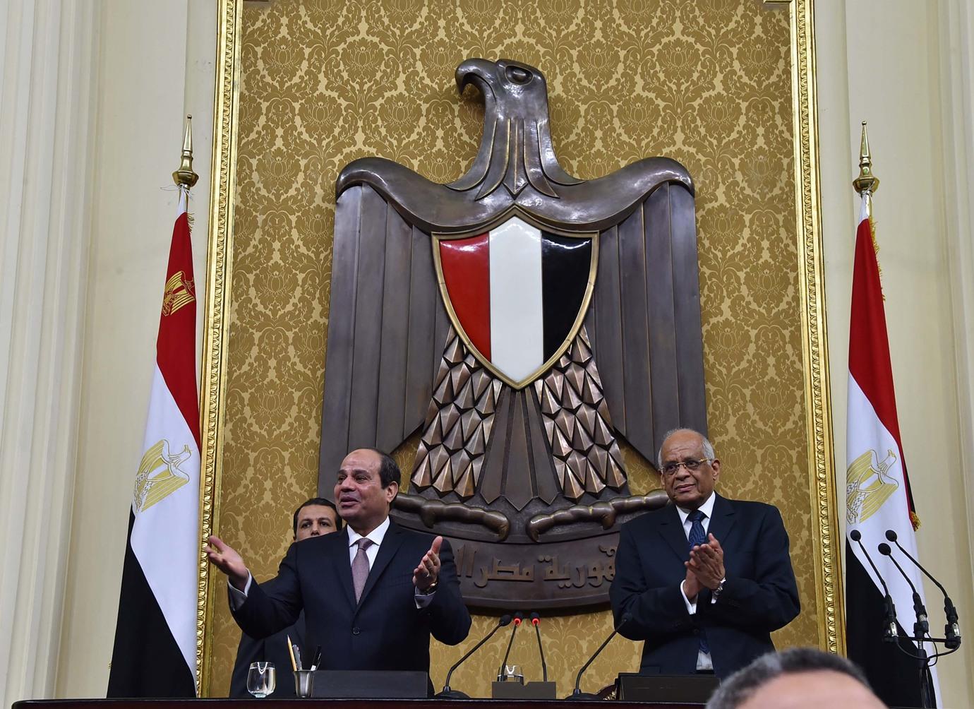 البرلمان المصري يفوض السيسي لاتخاذ (ما يراه مناسباً) لحماية الأمن القومي المائي