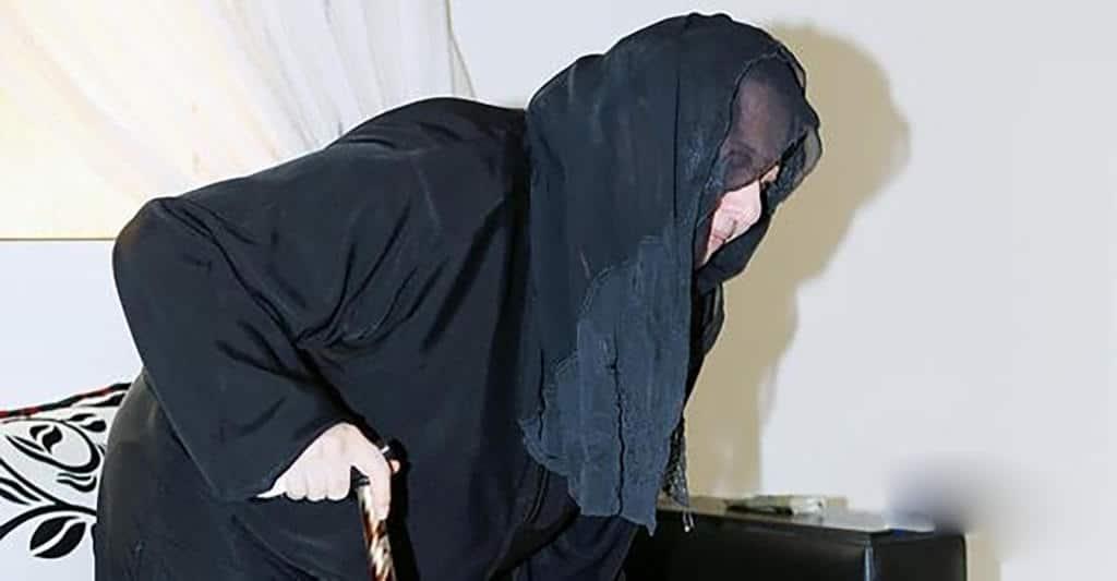 سعودية سبعينية تخلع زوجها بعدما هجرها في الفراش 15 عاماً