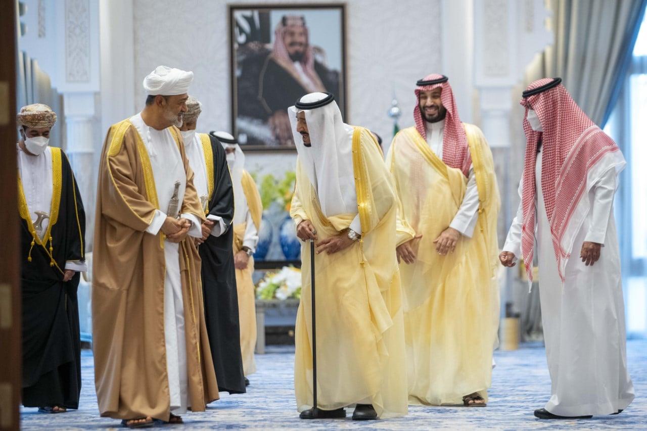 وفاة الأميرة نوف بنت خالد بن عبدالله .. سلطان عمان يعزي الملك سلمان