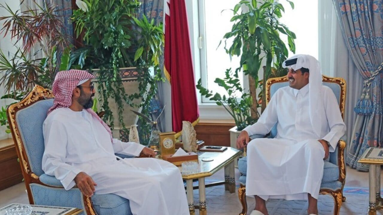 الأمير تميم بن حمد وطحنون بن زايد