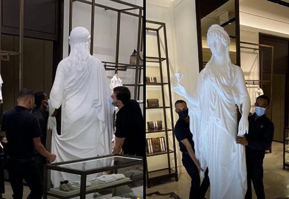 """إزالة صنم الآلهة فينوس من أحد المحلات التجارية في الكويت بعد ضجة واسعة """"شاهد"""""""
