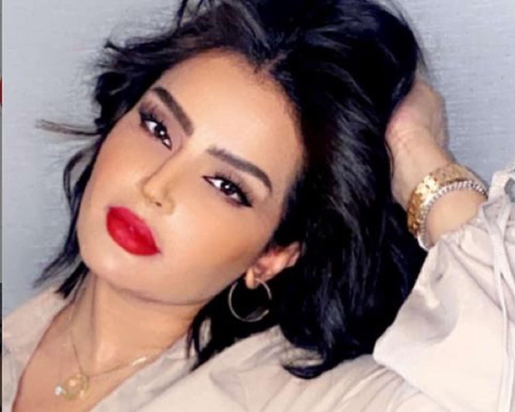 بدور البراهيم تُسَوّق لنفسها بجرأة وتثير ضجة بما قالته عن جمالها السعودي!