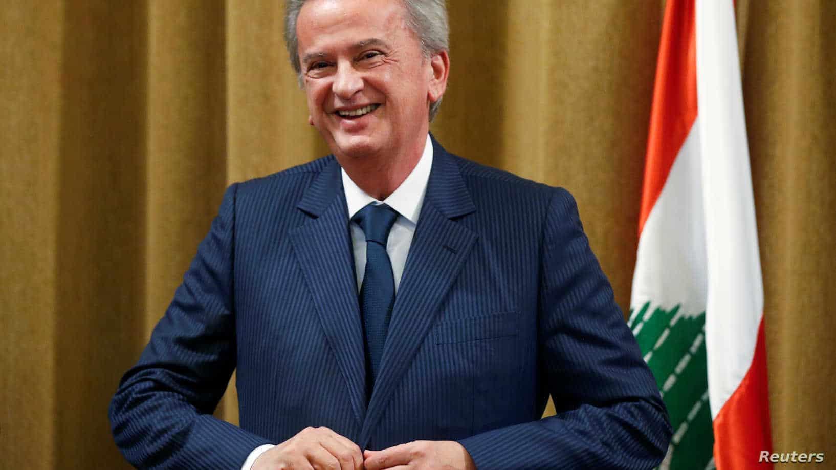فضيحة لحاكم مصرف لبنان رياض سلامة.. الجمارك الفرنسية ضبطته يهرّب أموالا بحقيبة