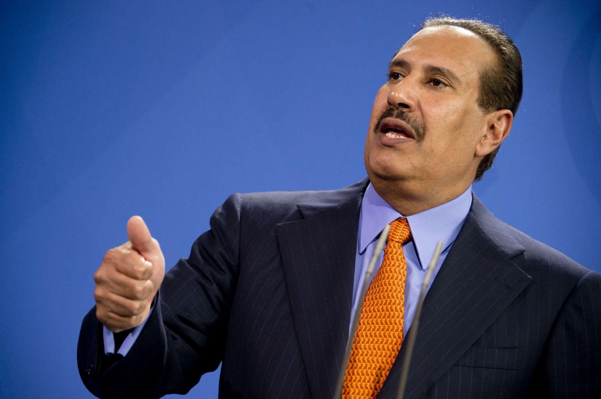 حمد بن جاسم يعلق على حوادث قرصنة وتفجير السفن التجارية في الخليج