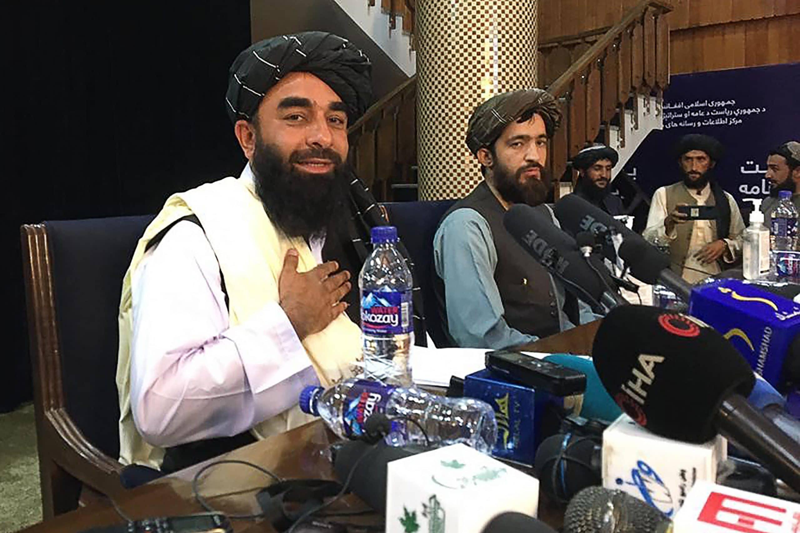 ذبيح الله مجاهد المتحدث باسم حركة طالبان
