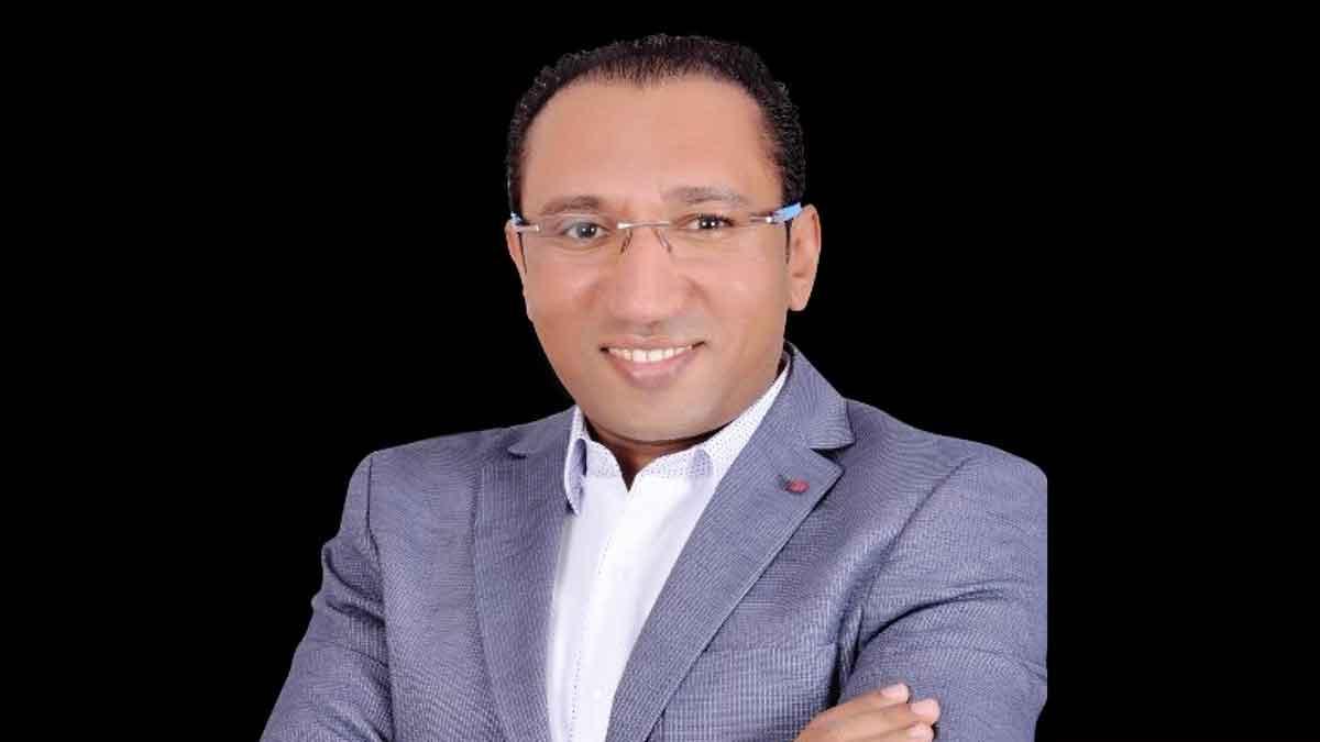 اعتقال الصحفي في قناة الجزيرة ربيع الشيخ لدى وصوله مطار القاهرة