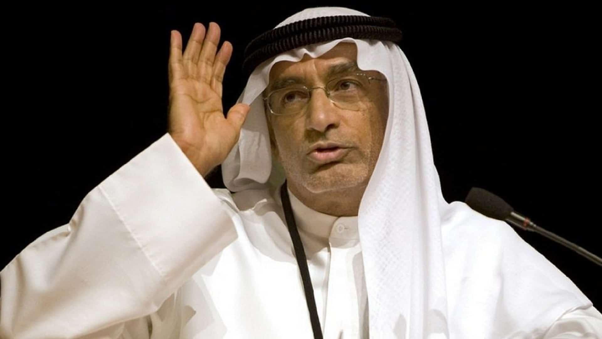 عبدالخالق عبدالله يُحرض على مفتي سلطنة عمان وينتقد رسالته للشعب الأفغاني