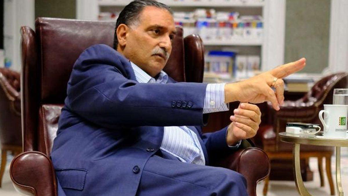 """""""تمسكت بالسلطة بأي ثمن"""".. عزمي بشارة يسلط الضوء على أخطاء حركة النهضة التونسية"""