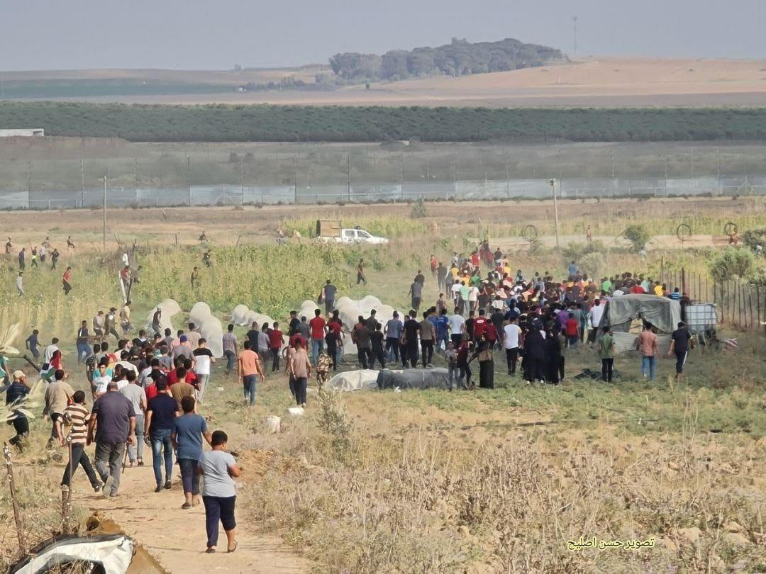 إطلاق نار وسحب سلاح جندي إسرائيلي.. تظاهرات غاضبة شرق غزة في الذكرى الـ 52 لإحراق الأقصى