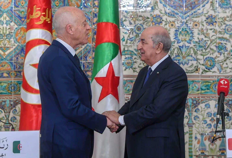 تقرير: الجزائر تخشى أن تتحول تونس إلى الإمارة الـ8 للإمارات ولها أسبابها للقلق من الانقلاب