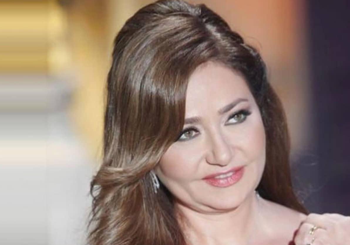 """شاهد فيديو رقص ليلى علوي الذي أثار غضب متابعيها: """"قلّة احترام لروح دلال عبدالعزيز""""!"""