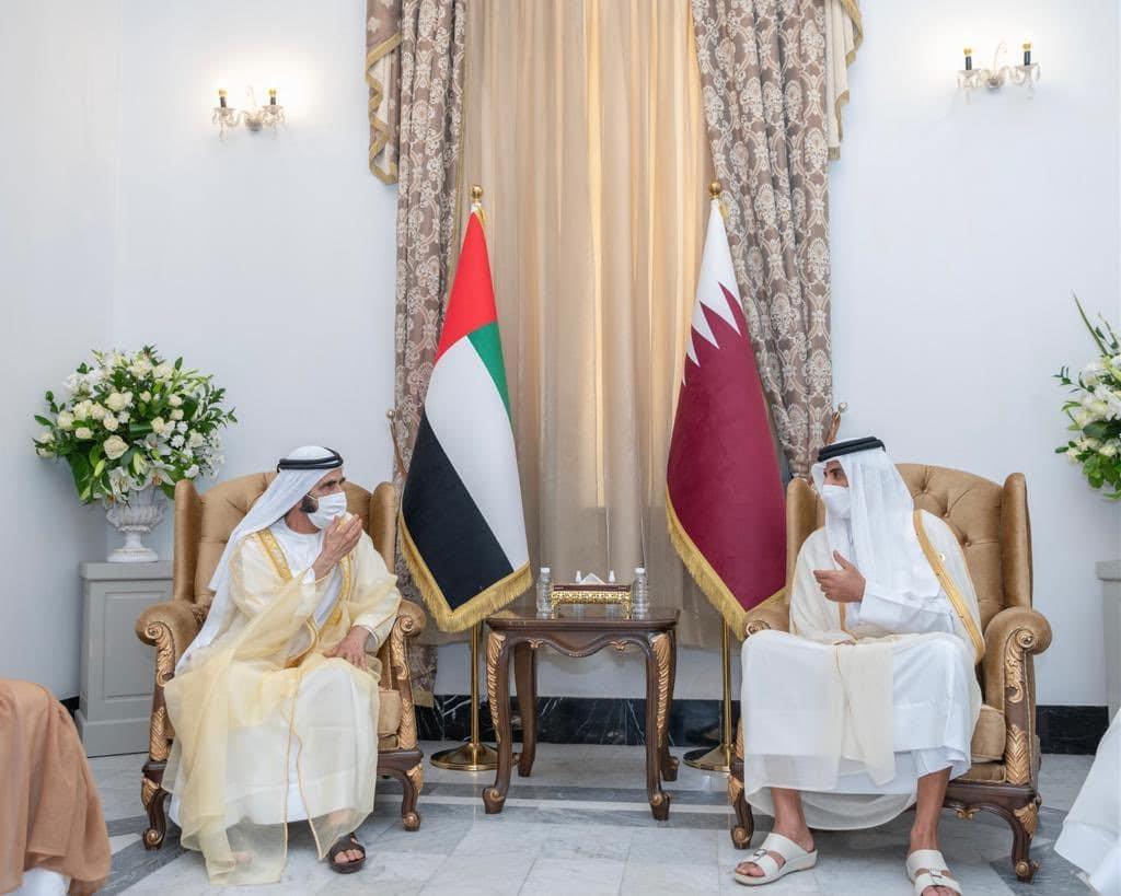 """محمد بن راشد يصف أمير قطر بـ """"الشقيق والصديق"""" في تطور لافت للعلاقة مع الدوحة"""