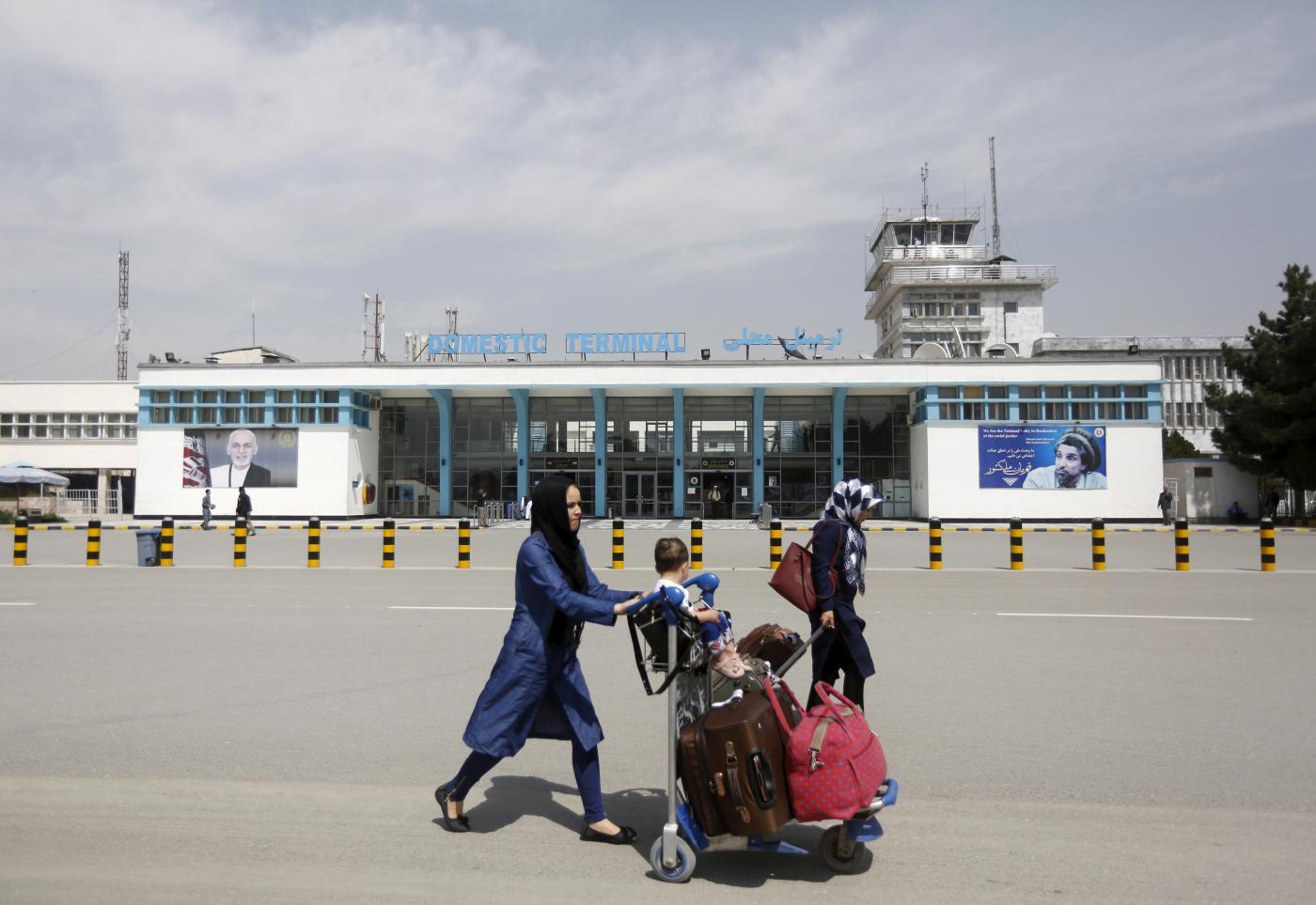 مفاوضو طالبان يتوجهون الى القصر الرئاسي في كابول لإجراء ترتيبات تسليم السلطة