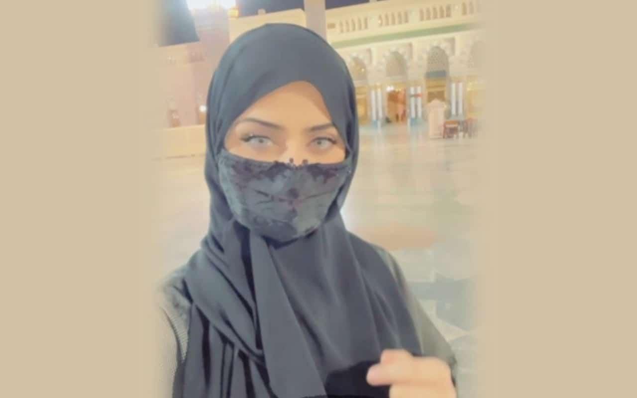 """الفنانة السعودية نيرمين محسن ترتدي الحجاب:""""اللهم اغفر لي ما مضى"""""""