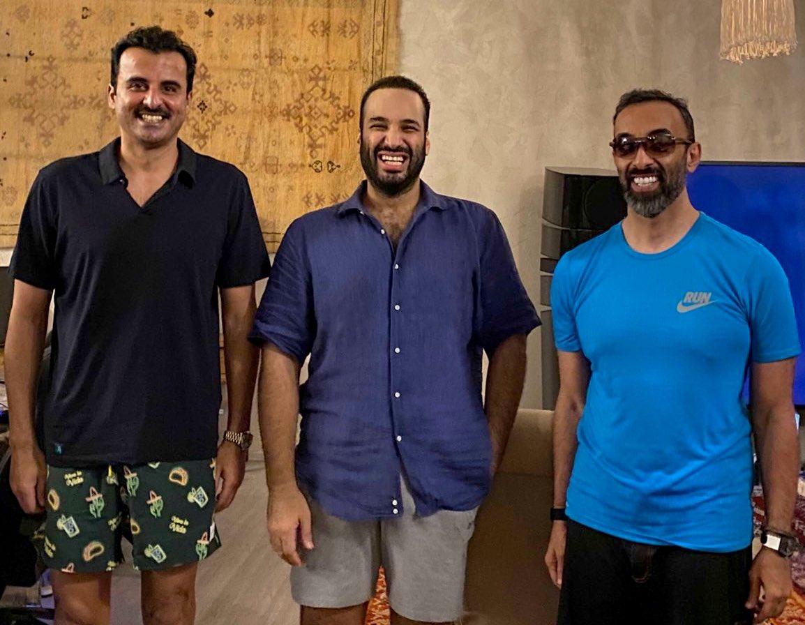 أمير قطر و محمد بن سلمان و طحنون بن زايد