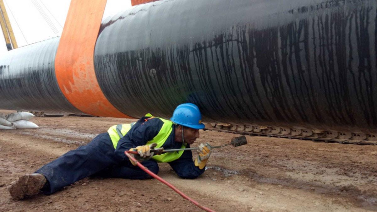 الجزائر والمغرب… من سيخسر إن تغير مسار خط الغاز؟