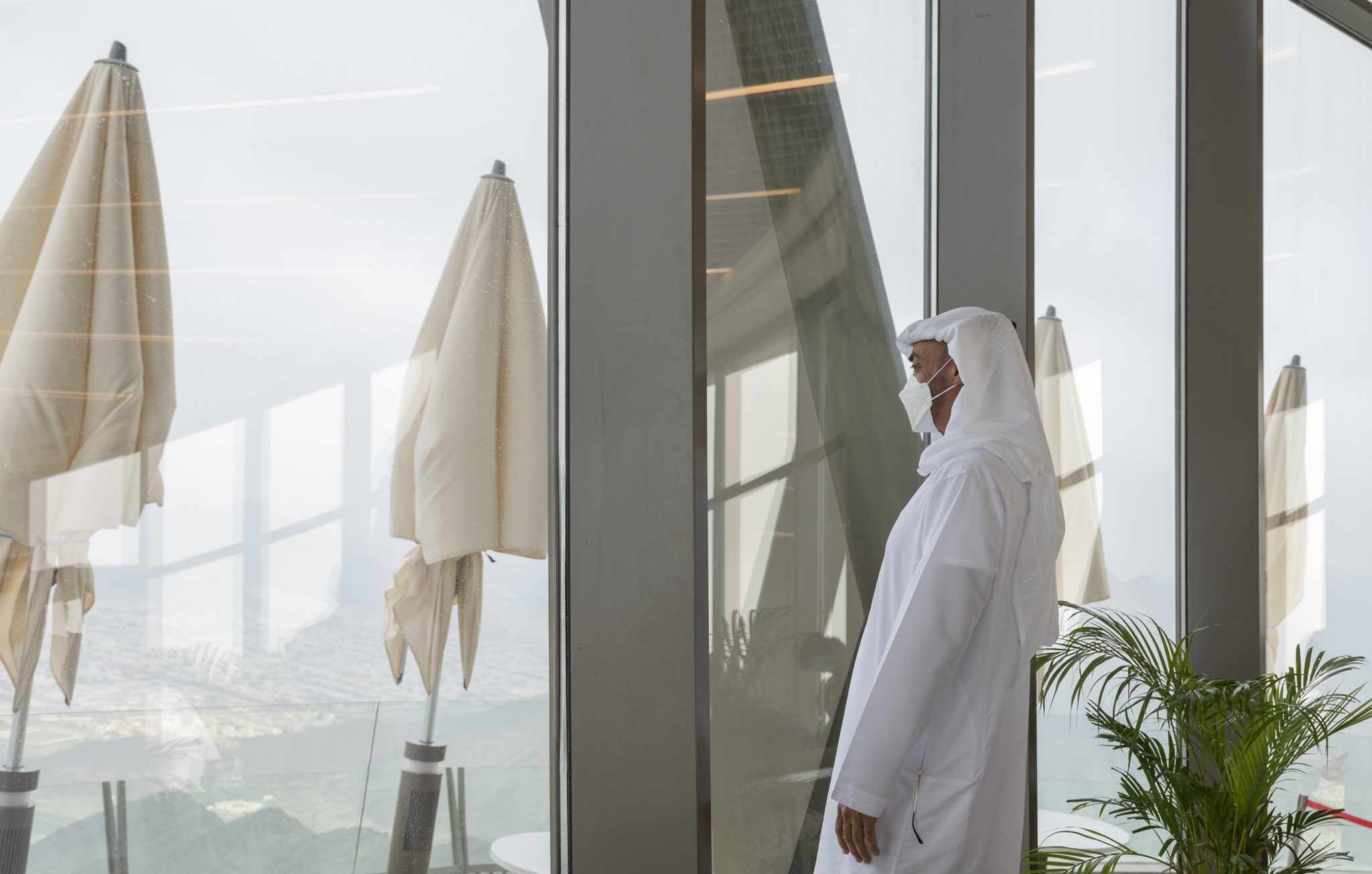 محمد بن زايد يتودد إلى أعدائه