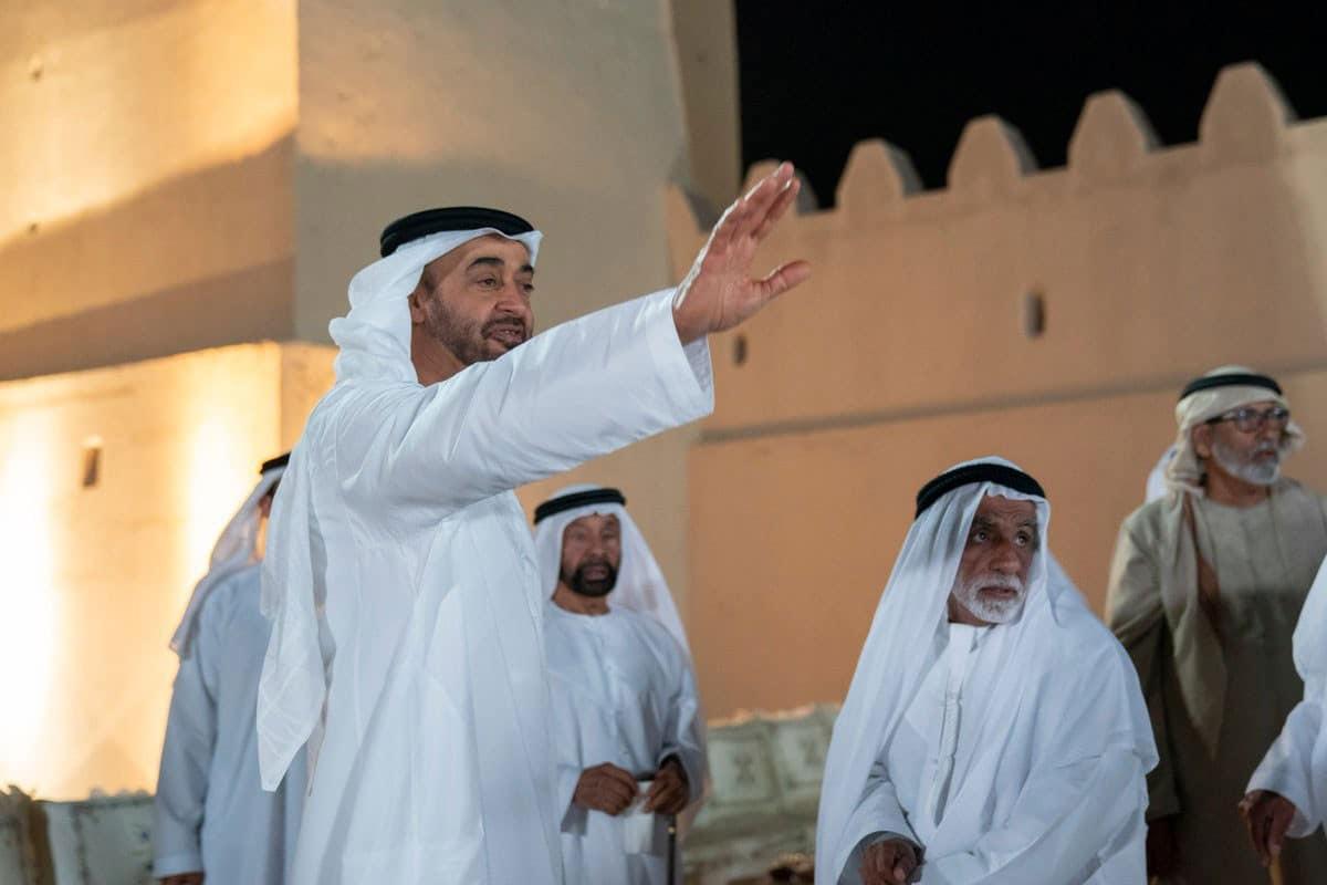 معارض إماراتي يفضح محمد بن زايد بعدما حول الإمارات إلى مكب نفايات الشعوب الثائرة (فيديو)