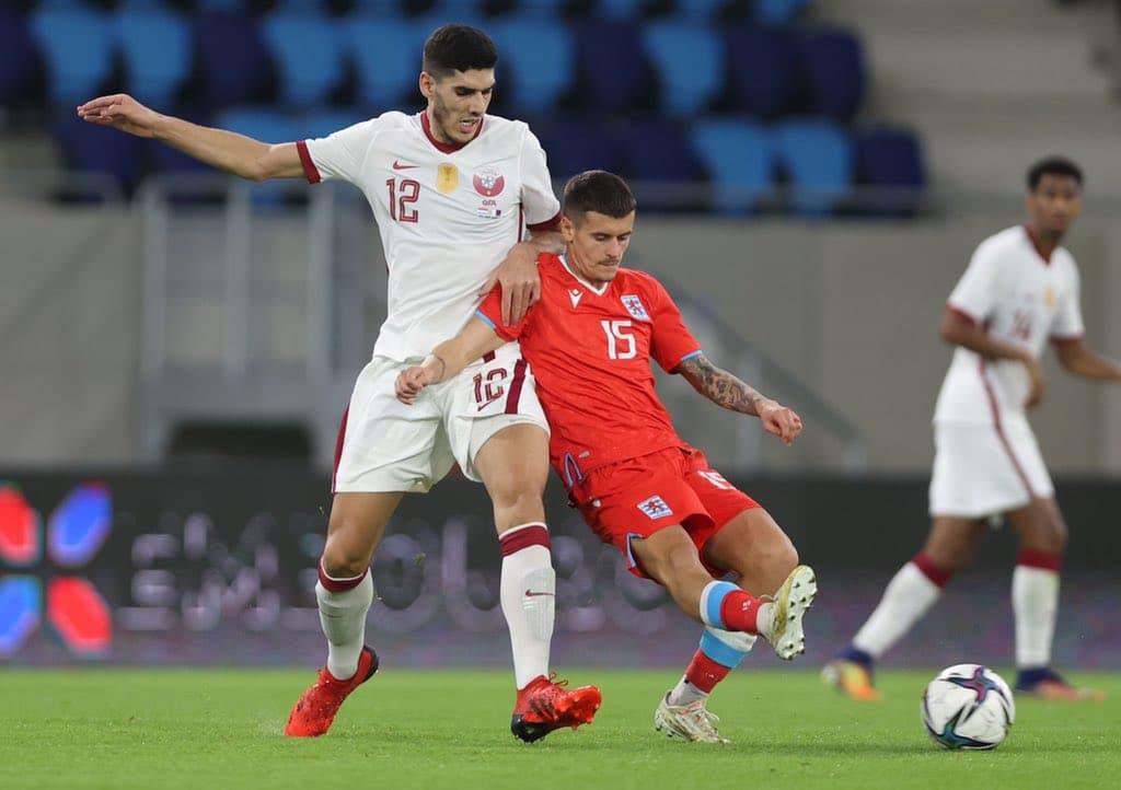 منتخب قطر يتعادل مع لوكسمبورغ في مباراة نارية بتصفيات مونديال كأس العالم (فيديو)