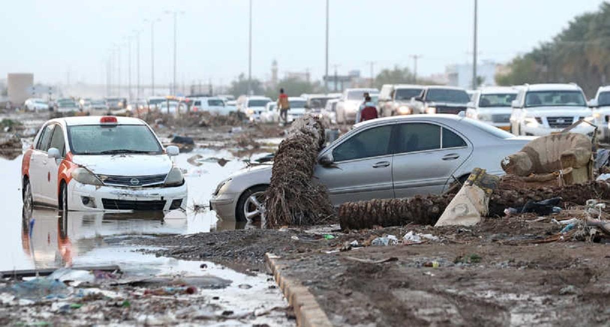أثار إعصار شاهين الذي ضرب سلطنة عمان