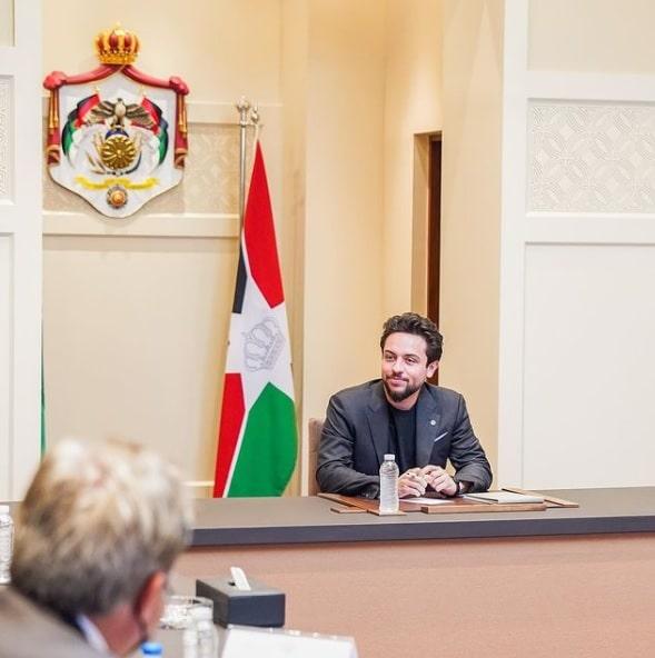 الأمير الحسين بن عبدالله بعد تعافيه من كورونا