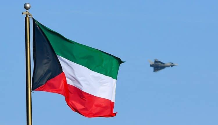الكويت سيسمح للنساء بدخول الجيش
