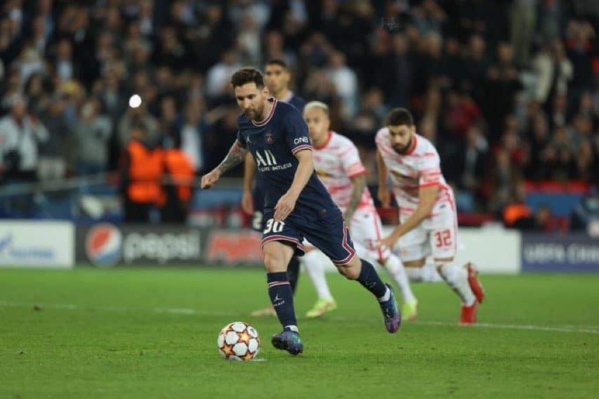 مباراة باريس سان جيرمان ولابيزيغ في دوري أبطال أوروبا