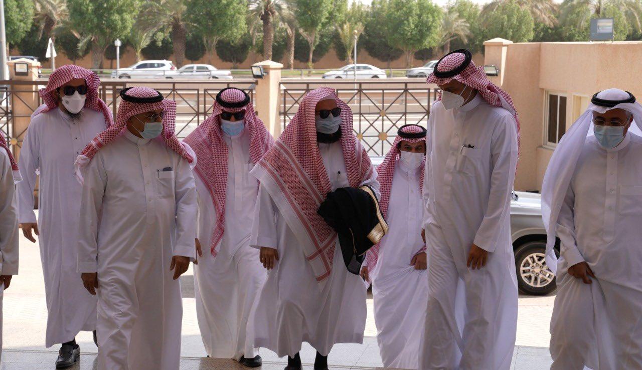 السديس يزور مكتبة الملك عبدالعزيز العامة