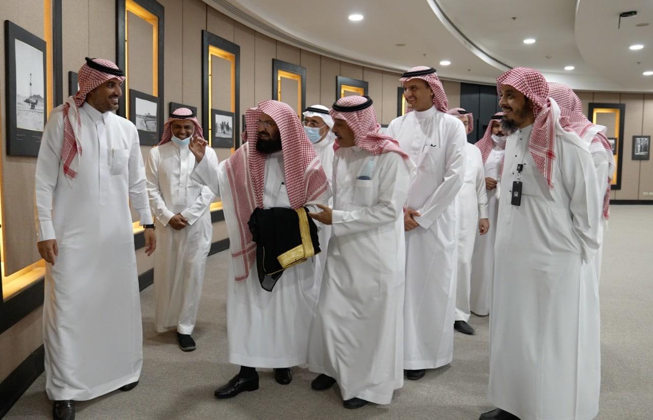 السديس في مكتبة الملك عبدالعزيز العامة